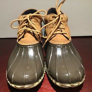Tommy Hilfiger Leather Duck Boots Size 7